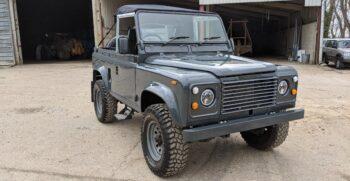 Land Rover Defender 90 Soft Top #55 14